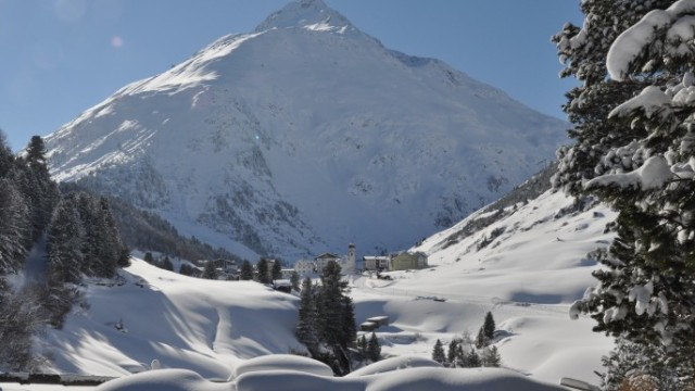 Propojení ledovcových středisek Pitztal a Ötztal