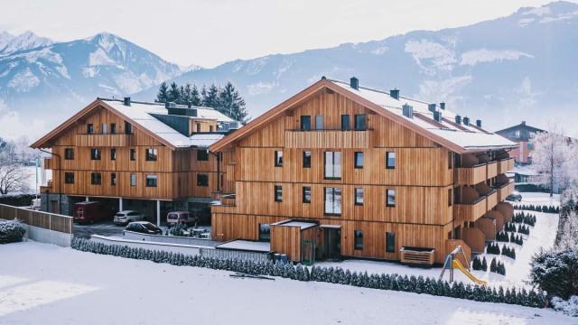 Prohlédněte si fotografie dokončeného resortu v Zell am See!